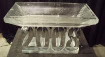 Eis-Etagere mit Jahreszahl
